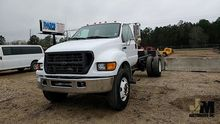 2001 FORD F750 XL SD CAB & CHAS