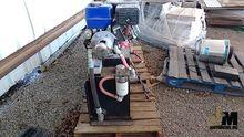 13 HP GAS ENGINE SET ATOP HYDRA