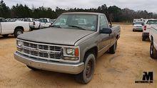 1998 CHEVROLET 2500 PICKUP TRUC