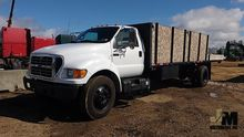 2002 FORD F-650XLT SD FLATBED T