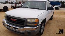 2005 GMC SIERRA 1500 PICKUP TRU