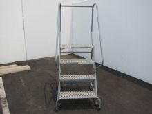 Cotterman ladder & work platfor