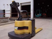 2003 Cat NPV60 Fork Lift