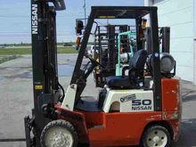 2003 Nissan CPJ02A25PV 33820