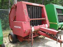 Used Hesston 5585 in