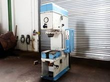 hydraulic C frame press WMW ZEU