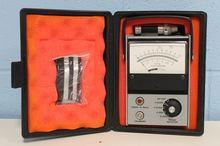Ametek C-891 RPM Tachometer wit