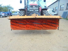 Stockbreeding equipment - : BEM