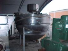 1000 Gallon Lee Metal Stainless