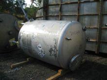 750 Gallon Stainless Steel Tank