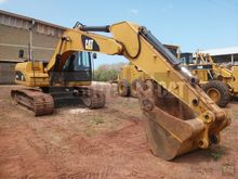 2013 Caterpillar 320DL