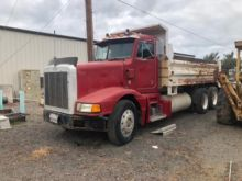Used Peterbilt 377 Dump truck for sale | Machinio