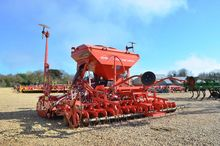 Kuhn Venta LC402 Combination Dr