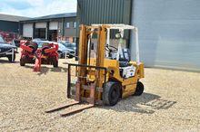 TCM Masted Forklift (9720)