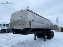 Used curtain semi-tr