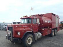 1992 Mack Granite RD688S