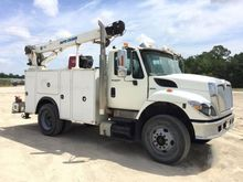 2009 International 7400 SBA
