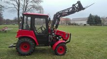 2012 Belarus 320.4 Tractor