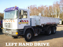 1999 Man 33  6x4  3-Way Tipper