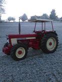 1976 IHC 946 Tractor