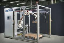 PCM COMPACT ROBOTIC PALLETIZER