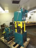 50 TON WHITNEY HYDRAULIC SHEAR