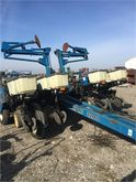 Used KINZE 2200 in A