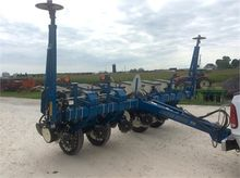 Used KINZE 3000 in A