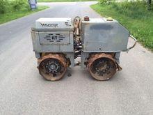 2000 Wacker RT820