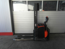 Used 2012 BT SWE120L