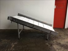 NNP stainless incline conveyor