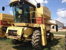 1988 New Holland TR86
