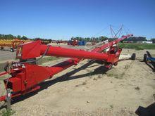 2017 Farm King Allied Y13995TMM