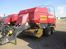 2000 New Holland BB940RT