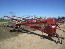 2004 Farm King Allied Y1385TMM