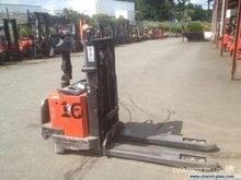 2006 BT SWE 160 Pallet Stacker