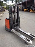 2005 BT SWE 160 Pallet Stacker