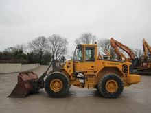 Used Volvo L120 in W