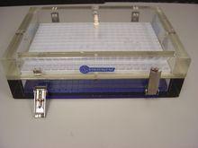 Strategene Electrophoresis Tank