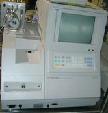 Hitachi F2000 Spectroflouromete