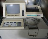 Hitachi U-3210 UV-VIS Spectroph