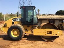 2012 CATERPILLAR CS-533E