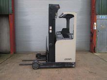 2004 CROWN ESR4000