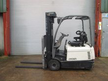 Used 2006 CROWN SC32