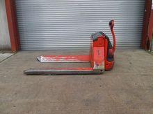 Used 2006 LINDE T20
