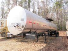 1998 Etnyre 6750 Gallon Asphalt