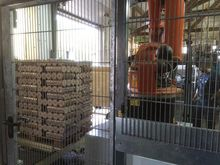 Palletizing system for wooden b