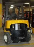 Pneumatic Lift Truck with Cab