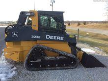 2013 John Deere 323E
