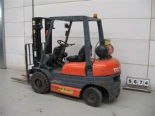 Used TOYOTA 42-6FGF2